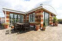 3 bedroom Flat for sale in Somerville Avenue...