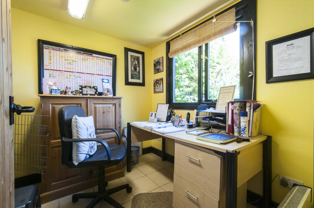 Cattery Office