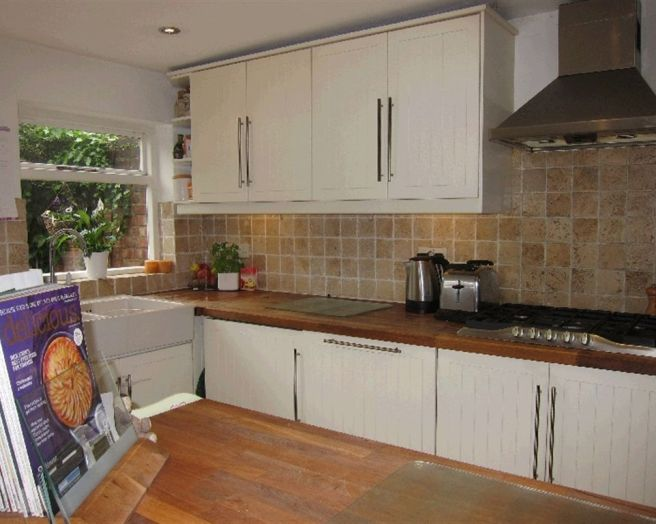 Tiled splashback design ideas photos inspiration for Splashback tiles kitchen ideas