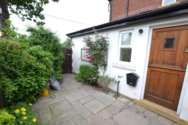 Self contained annexe-private entrance
