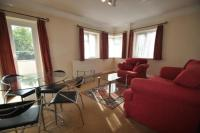 Flat to rent in Helena Court, Eaton Rise...