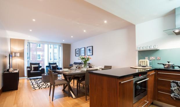 Reception/Kitchen (M