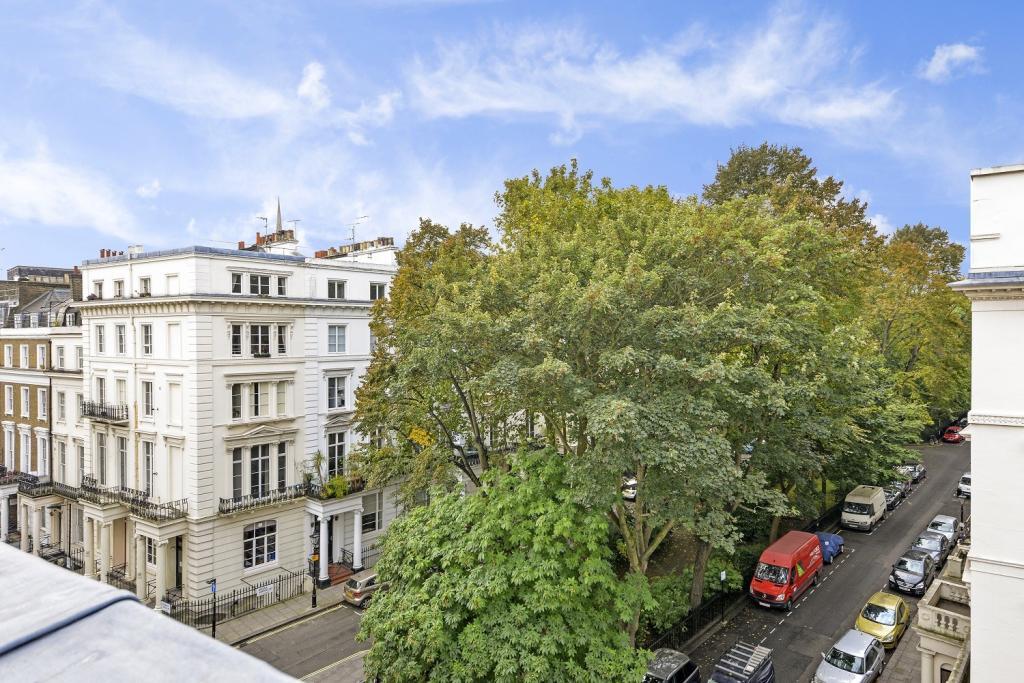 2 bedroom flat to rent in devonshire terrace london w2 w2 for 18 leinster terrace london w2 3et