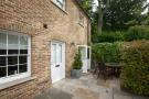 2 bed Cottage in Langholm Lodge, Richmond