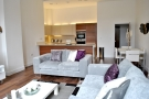 Flat for sale in Kew Bridge Road