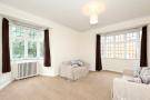 2 bed Flat in Clare Court, Judd Street...