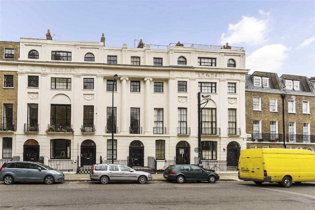 2 Bedroom Flat To Rent In Mecklenburgh Square London Wc1n