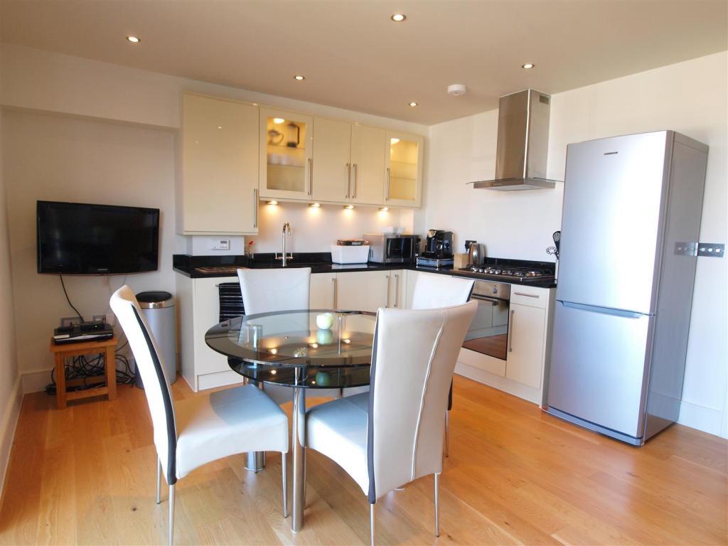 AA kitchen.jpg