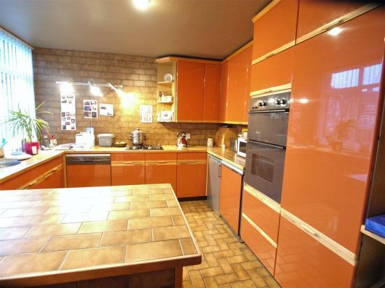 aa kitchen2.jpg