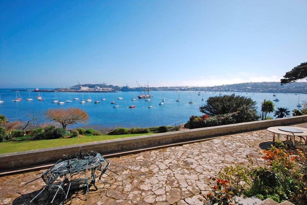 Bedroom detached house for sale in flushing falmouth cornwall - 7 Bedroom Detached House For Sale In Flushing Direct