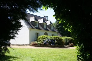 7 bed Country House in Brittany, Finistère...
