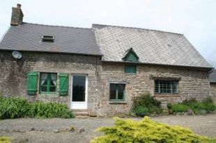 Detached home in Pays de la Loire...