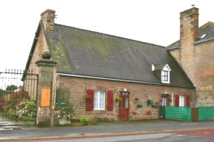 Village House for sale in Pays de la Loire...