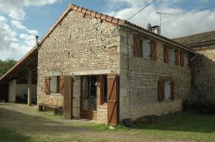 Barn Conversion for sale in Poitou-Charentes, Vienne...