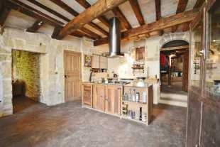 Languedoc-Roussillon Village House for sale