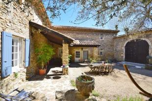Pont-St-Esprit Village House for sale