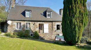 Brouains Stone House for sale