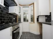 Ground Flat to rent in Frith Road, Leytonstone...