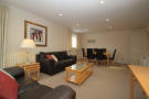 2 bed Flat to rent in Holden Road, London, N12