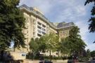3 bedroom Flat in Boydell Court St Johns...