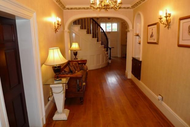 Inner Hallway Image 2