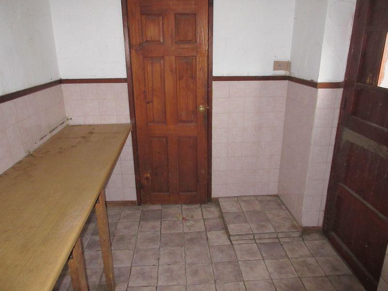 rear hall/utility