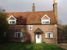 3 bed Cottage in Home Farm House The Lee...