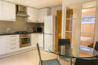 2 bedroom Apartment in Flat 1, 19 Gardnor Road...