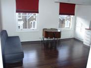 Flat to rent in Chetwynd Road, London...