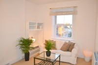 Flat in Fulham Road, London, SW10