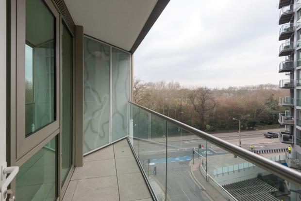 3 Bedroom Apartment To Rent In Chelsea Bridge Vista London SW11 SW11