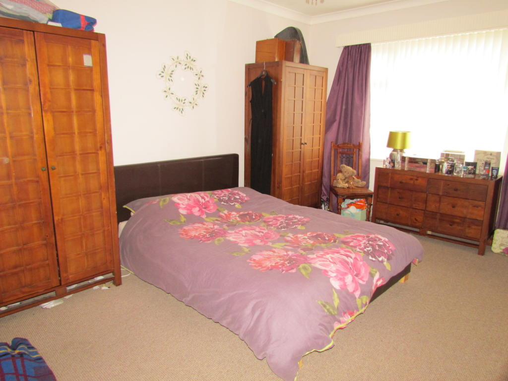 Liverpool Wallpaper For Bedroom 3 Bedroom Detached Bungalow To Rent In 12 Thomas Lane Liverpool L14