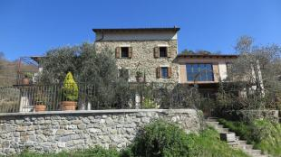 Character Property for sale in Tresana, Lunigiana...