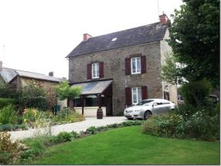 3 bed home for sale in 53120 VIEUVY, Mayenne...