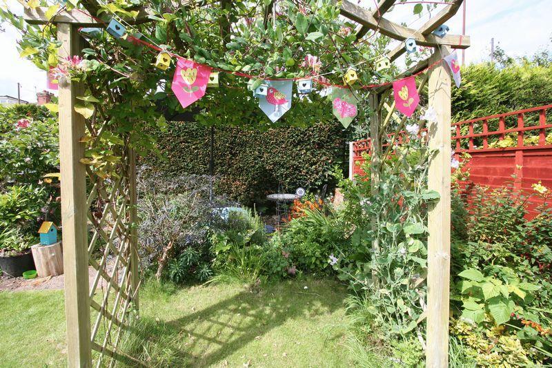 Rear Garden Pe...