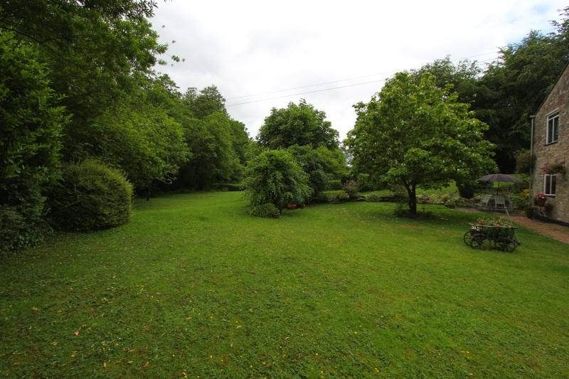 Property For Sale In Michaelston Le Pit