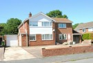 4 bed Detached property in Clyfton Crescent...