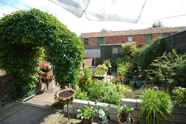 2nd Photo of Gardens