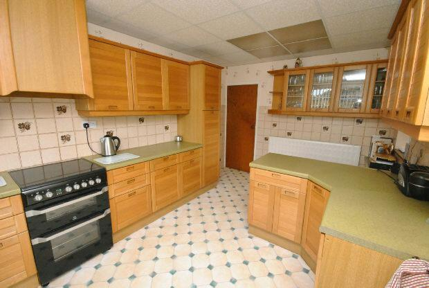Kitchen 2nd Photogra