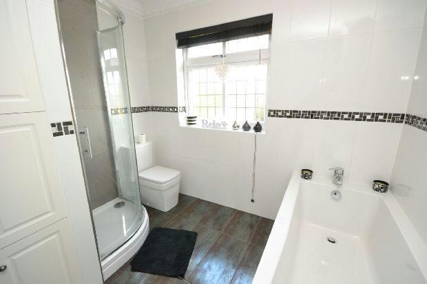 Bathroom 2nd Photogr