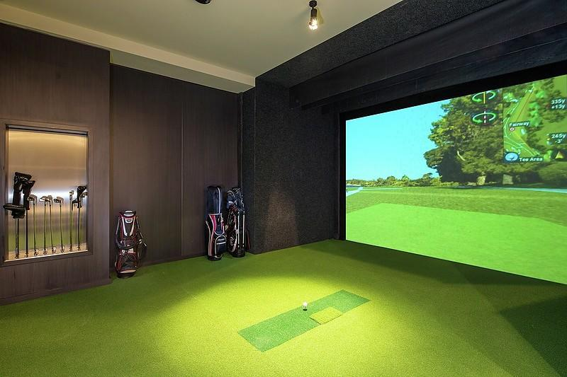Golf Simulation Room