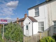 2 bedroom Terraced property in Golding Road, Sevenoaks...