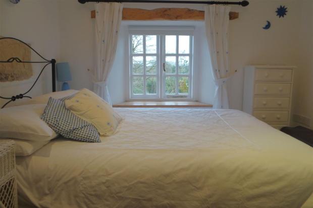 Bedroom1V2.JPG