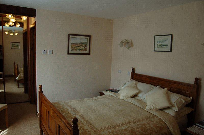 Guesthouse Bedroom 3