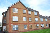 1 bed Apartment in Carlton House, Feltham...