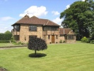 6 bed Detached house in Congleton Road...
