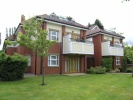 3 bedroom Apartment for sale in Lynton Lane...