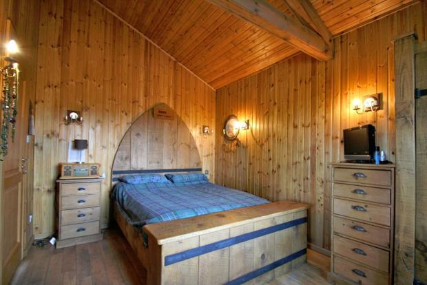 3 bedroom log cabin for sale in glasgow g67 g67 for One bedroom log cabins for sale