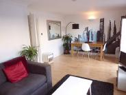 1 bed Flat to rent in Waldo Close, Elms Road...