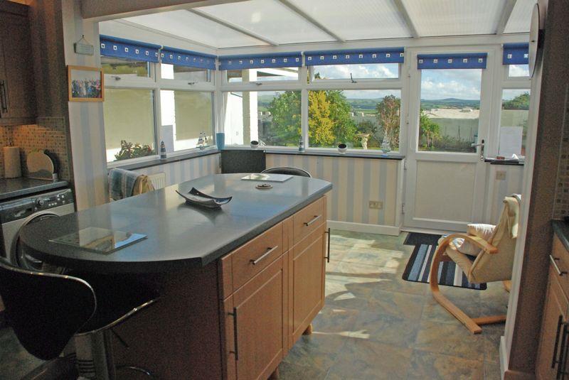 Kitchen Into S...